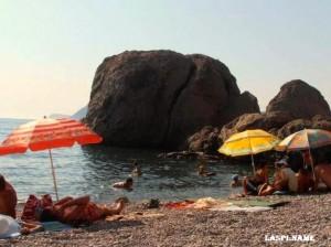 Пляж Жопа в Инжире возле Балаклавы